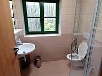 Chata Rozhlas, Apartmán č. 2, koupelna - ubytování Železná Ruda - Špičák