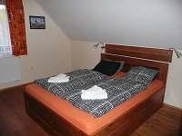 Apartmán v podkroví - chata k pronájmu Kvilda
