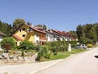 příjezd k Mirce - pronájem apartmánu Lipno nad Vltavou