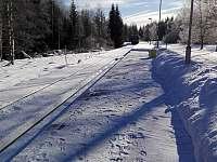 Chalupa v Pěkné - vlaková stanice Pěkná -