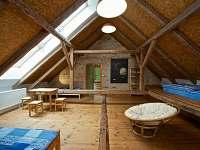 Podkrovní místnost 1 - 50 m2