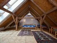 Podkrovní místnost 2 - 40 m2