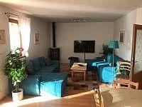 Obývací pokoj - vila k pronájmu Lipno nad Vltavou