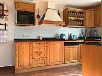 Kuchyně - pronájem chalupy Žírec