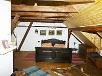 Ložnice 1 patro - pronájem chalupy Budilov
