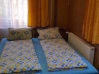 1.patro – pravý pokoj - chata k pronajmutí Křišťanovice