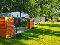 zahradní krytý bazén - chata k pronajmutí Křišťanovice