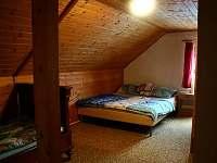 chata na Lipně - druhý pokoj