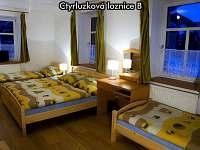 Čtyřlůžková ložnice B - apartmán k pronájmu České Žleby