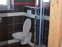1apartmán koupelna-sprchový kout