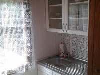 Kuchyňka - chata k pronájmu Mladice