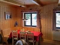 Obývák - jídelní kout