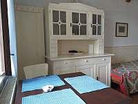 kuchyň - apartmán k pronajmutí Velhartice