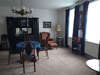obývací pokoj - apartmán k pronájmu Velhartice