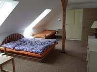 1. ložnice - Dolní Jílovice