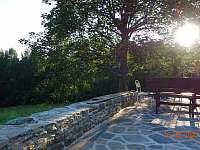 západ slunce z terasy - chata k pronájmu Dolní Jílovice