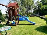 U nás mají děti o zábavu postaráno - Chalupa Hořice na Šumavě - Lipensko. - k pronájmu