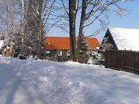 příjezd objektu v zimě