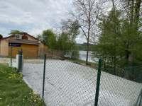 Parkoviště - pronájem chaty Frymburk