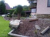 skalka se zahradou