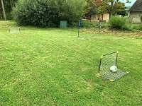 Branky na malý fotbal + síť na badminton/volejbal zdarma k zapůjčení