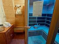 Infra sauna pro 2 - 5 osob - chalupa k pronájmu Želnava
