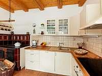 Rustikální plně vybavená kuchyně - Želnava