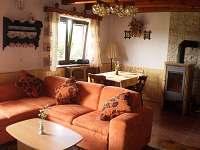 Obývací pokoj - chata k pronajmutí Slupečná