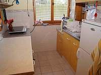 Kuchyně (indukční vařič, mikrovlnka ) - chata k pronájmu Lipno nad Vltavou - Kobylnice