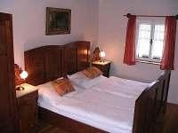 ložnice v přízemí - Horní Planá - Olšina