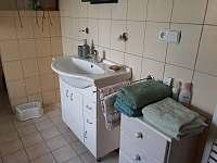 Chalupa Bukovník, koupelna - k pronajmutí
