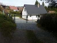 Příjezdová cesta - chata ubytování Lipno nad Vltavou