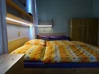 Prima Byt - velká ložnice - pronájem apartmánu Sušice