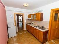 apartmán č. 2 kuchyň - Černá v Pošumaví