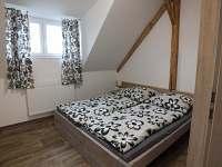 Ložnice apartmán 2