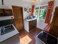 Kuchyně - chata k pronájmu Přední Výtoň