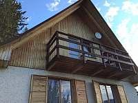 Balkon z průchozí ložnice a místo budoucí terasy