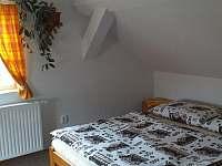 ložnice č1 - apartmán k pronájmu Nový Dvůr