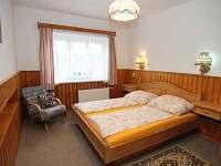 Ložnice apartmán 1. patro - chata k pronájmu Javorník