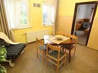 Obývací kuchyně 1. patro - chata ubytování Javorník