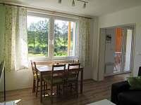 Pohled z okna - apartmán ubytování Stožec