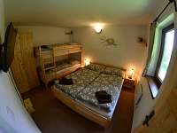 apartmán č. 2, ložnice - pronájem chaty Horní Planá