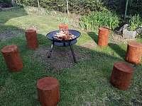Přenosné venkovní ohniště + gril a sezení - Záluží