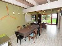 apartmán AVIATIK jídelní a obývací kout