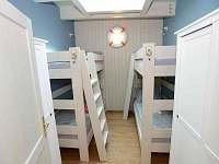 apartmán NAUTICAL ložnice