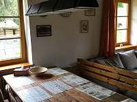 nove svetlo nad stolem - pronájem chalupy Černá v Pošumaví - Plánička