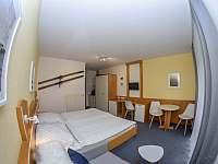 Pokoj 1 - apartmán k pronajmutí Mitterfirmiansreut