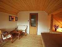 Horní ložnice - Pěkná