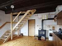Kuchyně - společná místnost - chalupa ubytování Pěkná