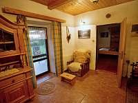 Kuchyně v dolním apartmánu - pronájem chalupy Pěkná